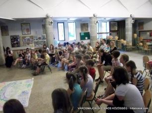 Első alkalommal szerveztünk Napközis Tábort. Ez a szülőknek is nagy segítség, hiszen a nyári szünet első hetében biztonságban, szeretetteljes légkörben tudhatja gyermekét, míg résztvevőink életre szóló élményekkel, baráti kapcsolatokkal gazdagodhattak.